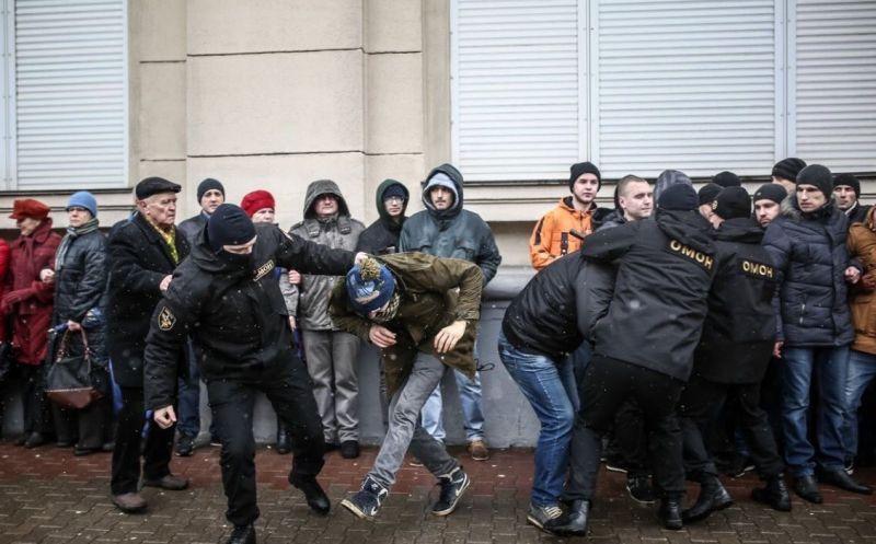 protest-russia-260317-5