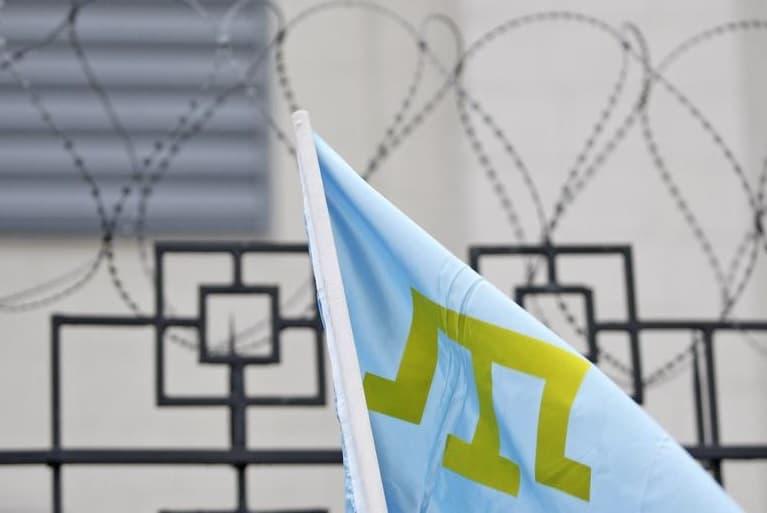 ЕС требует от РФ освобождения 23-х задержанных в Крыму крымских татар
