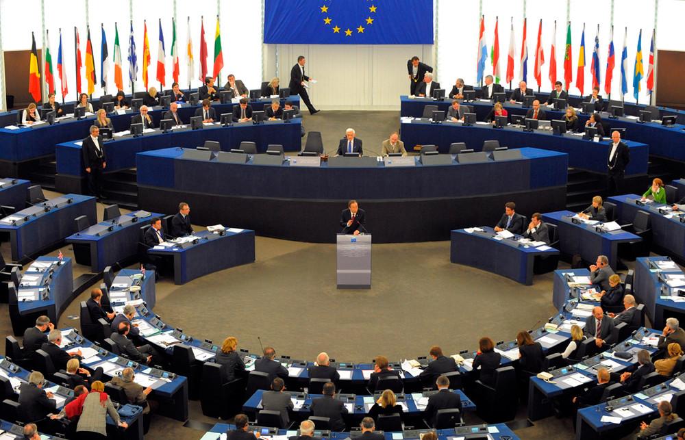 В Европарламенте депутаты от Греции потребовали отменить санкции против России